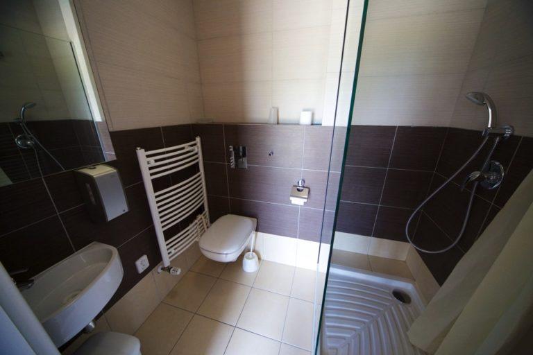 Samostatný apartmán - koupelna