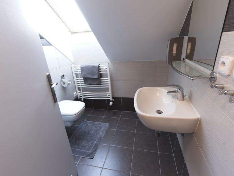 Pokoj č. 10 - koupelna