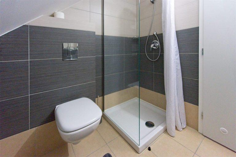 Koupelna pokoje 9