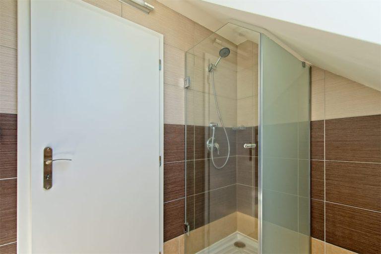 Koupelna pokoje 11